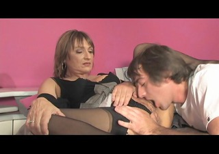 horny milf meets teh lad next door